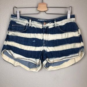ZARA Striped Denim Shorts in Size 6